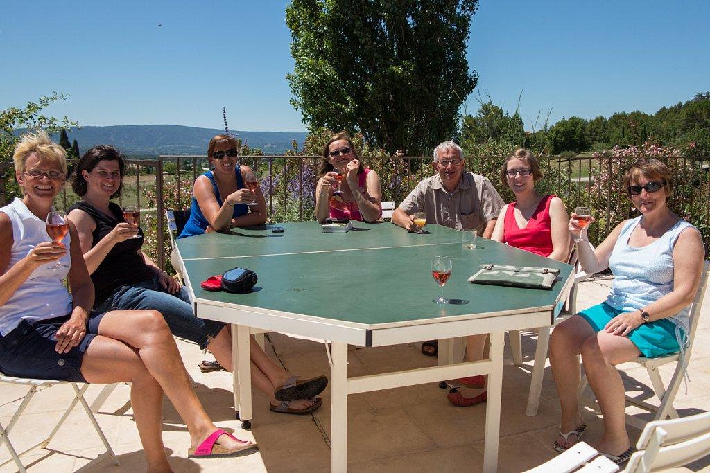 Groep op ons terras in de Provence
