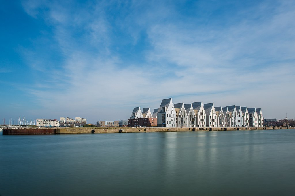 Nieuwe appartementen met zicht op de haven